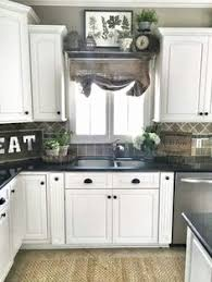 lighting above kitchen cabinets. Lights Above Kitchen Cabinets Elegant Cabinet Lighting Diy Home Love  Pinterest Lighting Above Kitchen Cabinets