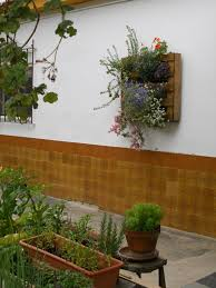 junk garden art wall decoration flower planter old wooden pallet