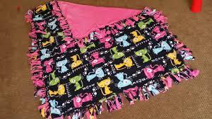 No Sew Fleece Blanket Directions | Blanket Decoration & No sew fleece blankets | MammaJenNEcrew image Adamdwight.com