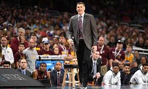 Porter Moser stays at Loyola after turning down the St. John's head  coaching job | WGN-TV