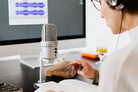 Best Voice Over Jobs for Beginners from Home