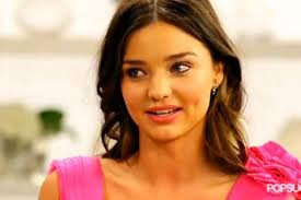 miranda kerr curls her eyelashes with a spoon and other ier beauty secrets video