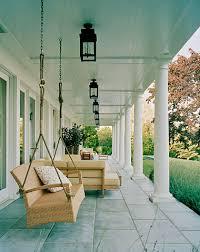 paint a porch ceiling blue