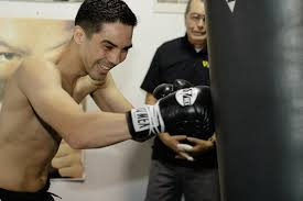 omar figueroa tha boxing voice antonio demarco warming up in camp for omar figueroa