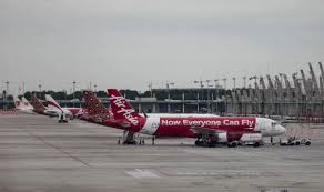 At the trading price of 87 sen, airasia is valued at rm2.91 billion. Airasia Shares Lose 8 Per Cent In Malaysia After Flight Qz8501 Disappears India Com