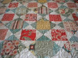 Small Quilts: Just the Right Size to Showcase Exquisite Designs & The