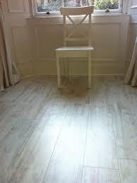 White Wash Oak Laminate Flooring Ideas