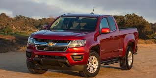 Colorado chevy 2015 colorado : 2015 Chevy Colorado Z71 4WD pickup challenges the big boys