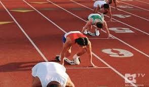 Реферат по физической культуре на тему Легкая атлетика  Бег на короткие дистанции спринт характеризуется выполнением кратковременной работы максимальной интенсивности К нему относится бег на дистанции от 30 до