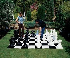 garden chess set. Please Garden Chess Set