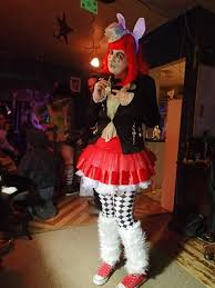 alice in wonderland themed makeup costume make an chracter costume in under 90