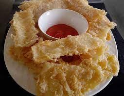 Ya, kue akar kelapa juga termasuk makanan khas orang cikarang yang wajib ada di meja ruang tamunya. 5 Resep Olahan Telur Yang Enak Dan Praktis