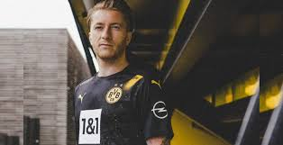The black & yellow bvb home jersey is the right choice for everyone at the bvb home games at signal iduna park. Dortmund 20 21 Away Kit Released Footy Headlines