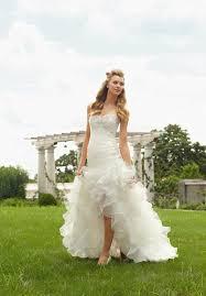 wedding dress shopping wedding dress styles guide Wedding Dress Designers Guide mermaid wedding dresses wedding dress designer price guide