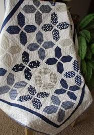 An Exclusively Annie's Quilt Design! Use your favorite jelly roll ... & {Sisters and Quilters}: Customer Sharing Days Are My Favorite - With  Halloween Ideas! (Hugs Quilt Pattern by Joanna Figueroa of Fig Tree Quilts) Adamdwight.com