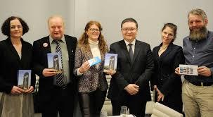 Книга Елбасы «<b>Эпицентр мира</b>» и фильм «Амре» презентованы ...