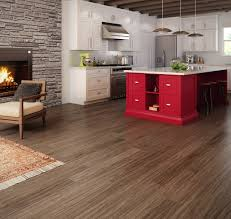 Wood Floor In Kitchen Pros And Cons Planchers De Bois Franc Preverco Cuisine Champ Tre Revisit E