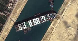 เรือ Ever Given กลับมาลอยน้ำได้แล้ว! หลังเกยตื้นขวาง 'คลองสุเอซ'  เป็นเวลาเกือบสัปดาห์ - Aloccw