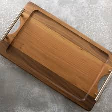 free photo brown wooden tray restaurant salad plate