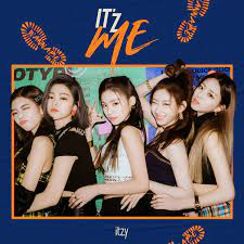 ITZY line up for 'IT'z ME' album cover