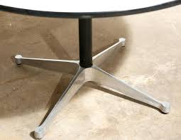 eames round dining table van der most modern eames round dining table 2 replica eames round