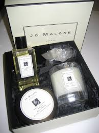 today s freebie is a jo malone white jasmine and mint gift set with bath oil body creme and a candle approximate rel value 200