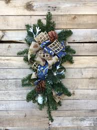 christmas decorations office kims. Winter Swag, Door Wreath, Rustic Christmas Decoration, Decorative Decorations, Decorations Office Kims