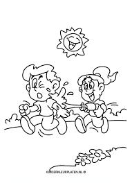 Kleurplaat Waterpistool Buitenspelen Algemeen