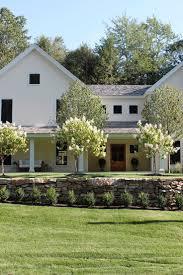 463 best Farmhouse images on Pinterest   White farmhouse ...