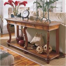 Glamorous Sofa Table Decor