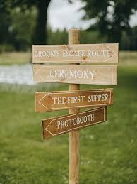 Wedding Detail Checklist 12 Wedding Day Details Not To Miss Overlooked Wedding Details
