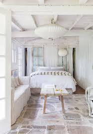 500 Sq Ft Flat Interior Design How To Decorate A Studio Apartment Studio Apartment
