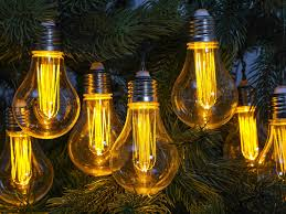 Solar Powered Retro Style String Light Bulbs Best Outdoor Lights From Solar To String And Stake
