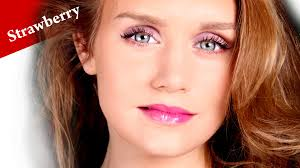 deep set eyes makeup for strawberry blondes