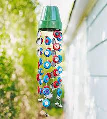 A Children\s Garden: 7 Sunny Garden Crafts: Into the Wind (via