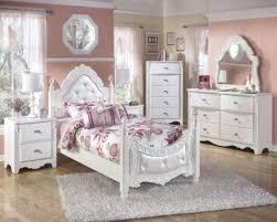 Bedroom: Girl White Bedroom Set