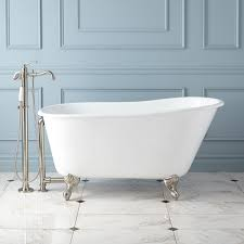 cast iron slipper clawfoot tub features a classic silhouette and ball and claw feet the compact size of this freestanding tub makes it a perfect