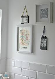 bathroom wall art ideas uk