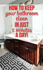 how to keep clean bathroom at smelly bathtub drain stinky unclog with baking soda