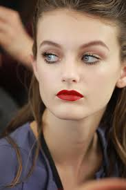 1940s makeup history and tutorial see all the beauty photos from the miu miu fall 2016
