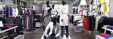 Retail Visual Merchandiser Visual Merchandising How To Maximize Your Retail Store Potential