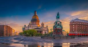 It is situated on the neva river, at the head of the gulf of finland on the baltic sea. Top 10 Der Besten Hotels In Sankt Petersburg
