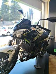 KAWASAKI Z 650 IN PRONTA... - Cruciani Moto Official