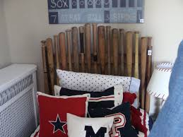 woulda loved a baseball bat headboard in my room!Boys Baseball Theme Kids  Rooms - red, white and blue decor