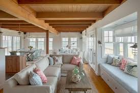 beach cottage living room offers plenty of seating