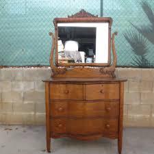 Old Fashioned Bedroom Furniture Antique Dressers Antique Chests Antique Bedroom Furniture