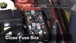 replace a fuse 2011 2016 chevrolet cruze 2013 chevrolet cruze 6 replace cover secure the cover and test component