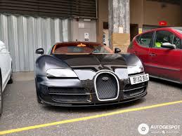 The nose of the sang noir has been restyled. Bugatti Veyron 16 4 Super Sport Sang Noir 7 July 2019 Autogespot