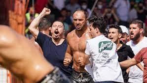 Muğla Yerel Basin   SON DAKİKA: 660. Tarihi Kırkpınar Yağlı Güreşleri'nde  şampiyon Ali Gürbüz!