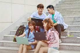 Top 5 laptop dành cho học sinh sinh viên mùa tựu trường 2020 sắp tới